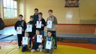 Ignaliniečiai - varžybų nugalėtojas ir prizininkai su treneriu A.Šiaučiūnu