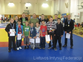 Joniškio imtynininkai Estijoje