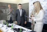 """Viešbutis """"AirInn Vilnius"""" pasirašė bendradarbiavimo sutartį su Lietuvos imtynių federacija"""