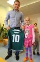 Olimpiados prizininkas aplankė vėžiu sergančius vaikus