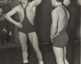 P. Abelkis Lietuvos taurės graikų-romėnų imtynių varžybose švenčia pergalę 1960