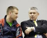 Treneris Olegas Antoščenkovas ir Latvijos imtynių federacijos generalinis sekretorius Janis Rončas