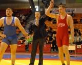 Knystautas nugalejo Jankauska (130 kg)