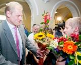 LOSC direktorius Linas Tubelis sveikina Edgarą Venckaitį