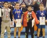 dešinėje Rokas Čepauskas - II vieta