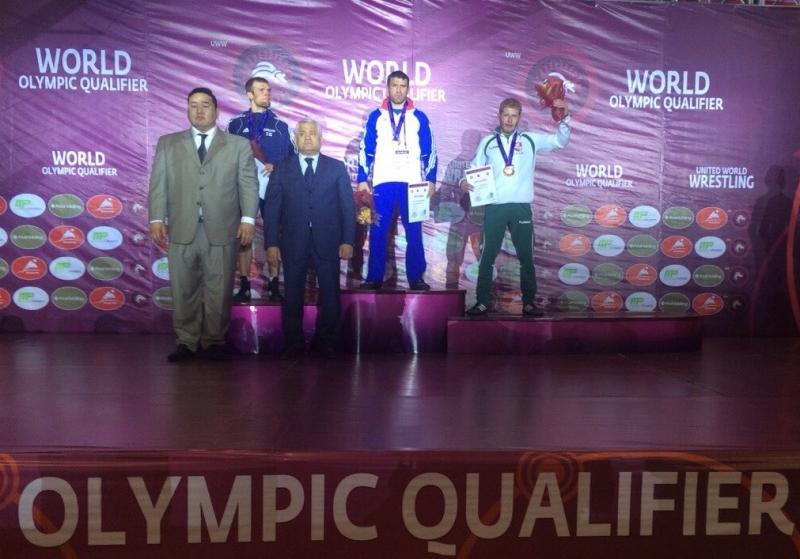2016 turnyro Ulan Batore prizininkai (66 kg) - Edgaras Venckaitis pirmas iš dešinės