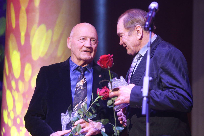 R.Bagdonas ir A .Bagdonavičius