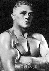 1936 Kristjan Palusalu