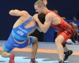 Justas Petravičius (raudona triko)
