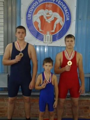 Tarptautiniame turnyre Šiaulių imtynininkai šventė pergales
