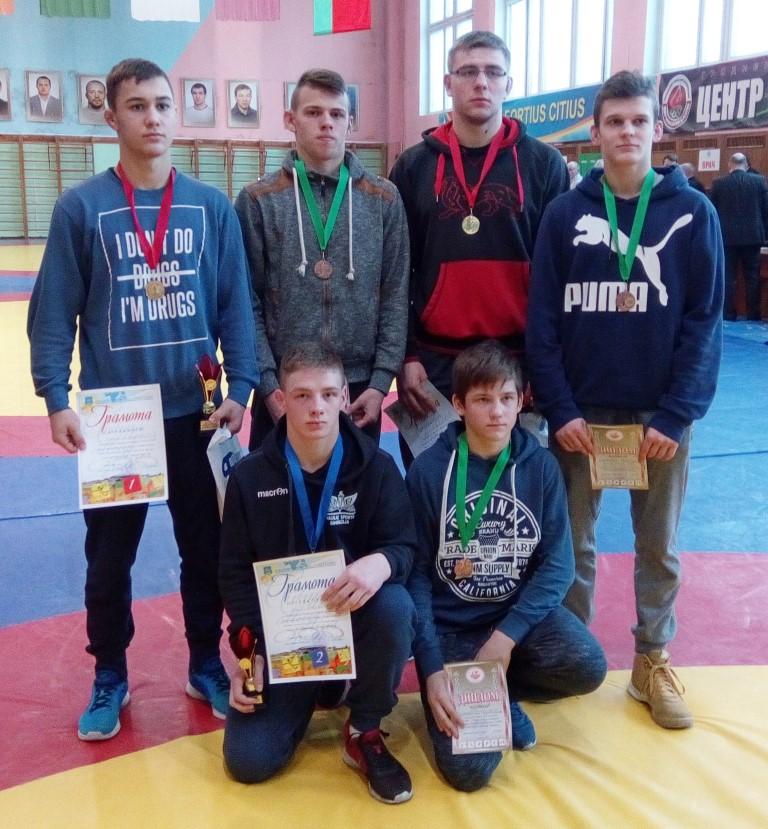 """Du """"laisvūnai"""" – imtynių turnyro Baltarusijoje nugalėtojai"""