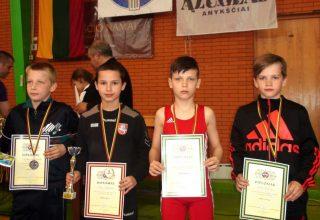 Lietuvos vaikų imtynių čempionatas: pasaulio ir Europos čempionatų prizininkus išugdžiusi Tauragės imtynių mokykla grimzta į užmarštį