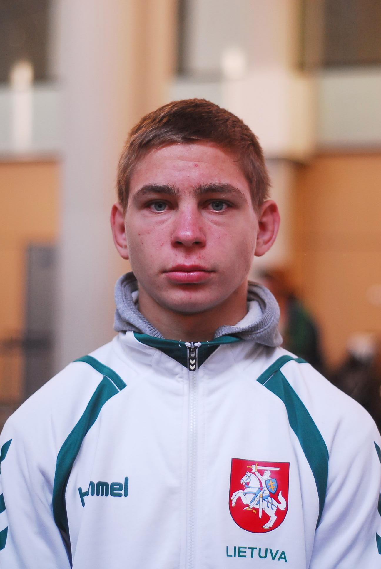 Imtynininkas D.Parehelašvilis įspūdingai įveikė rumuną, bet nusileido gruzinui ir į paguodos turnyrą nepateko