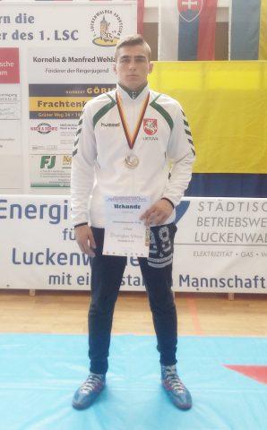 Imtynininkui D.Viliušiui – turnyro Vokietijoije sidabras