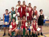 Lietuvos laisvųjų imtynių mokinių pirmenybių nugalėtojų taurė iškeliavo į Kelmę