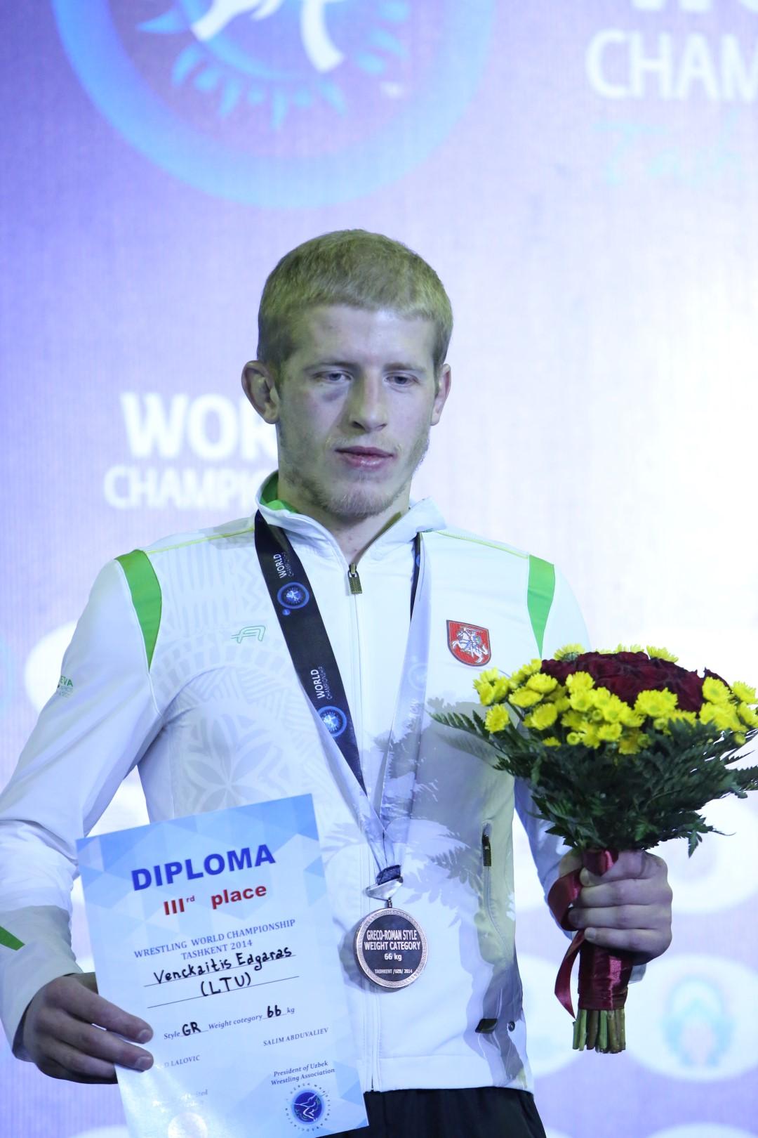 Bronzinėse Edgaro Venckaičio replėse užduso pasaulio čempionas (nuotraukos, video)