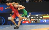 Pasaulio imtynių čempionate J.Petravičius įveikė armėną; M.Knystautui ir K.Šleivai varžybos baigėsi po pirmo rato (video ir nuotraukos)