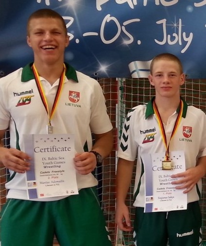 S.Šakys ir M.Adomaitis – tarptautinio imtynių turnyro Lenkijoje nugalėtojai