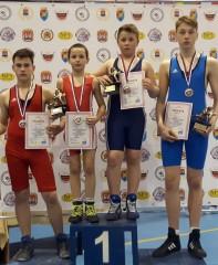 """Tarptautiniame turnyre Rusijoje trys imtynininkai iš keturių iškovojo """"auksą"""""""
