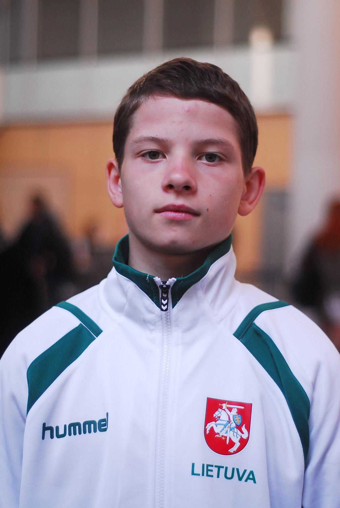 Imtynininkui Viliui Savickui – tarptautinio turnyro Vengrijoje auksas