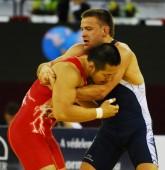 Pasaulio imtynių taurės turnyro finale A.Kazakevičius įveikė du Londono olimpinių žaidynių prizininkus (atnaujinta  penkt. 14.00 val.)