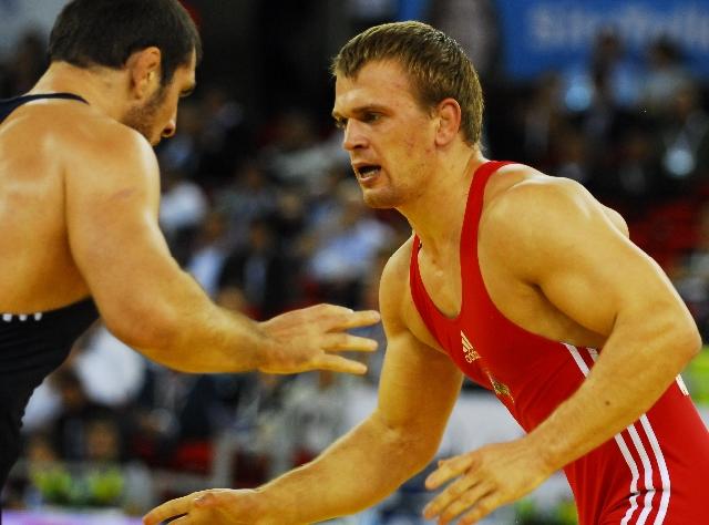 """Imtynininkai L.Adomaitis ir M.Mizgaitis  """"Golden Grand Prix"""" turnyre iškovojo sidabro medalius"""
